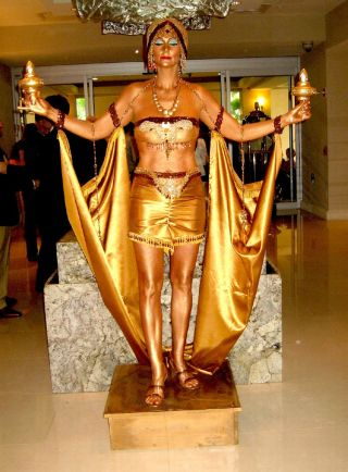 Golden Cape Human Statue - Jazz Age Style