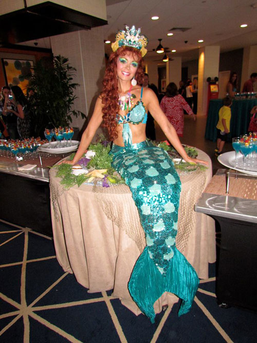 Mermaid strolling table