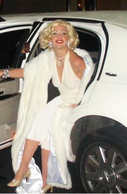 Marilyn Monroe impersonator - NYC