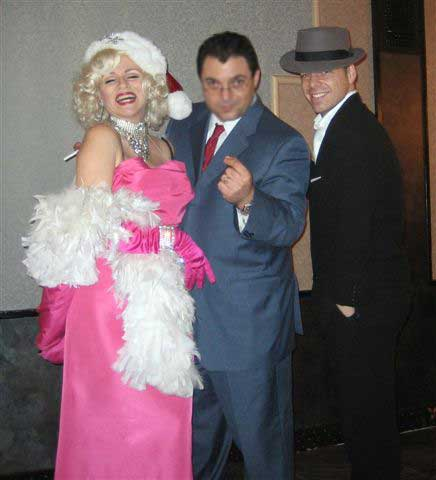Marilyn Monroe and Frank Sinatra impersonators New York