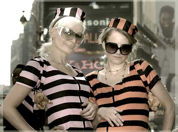 Paris Hilton and Niclle Ritchie impersonators