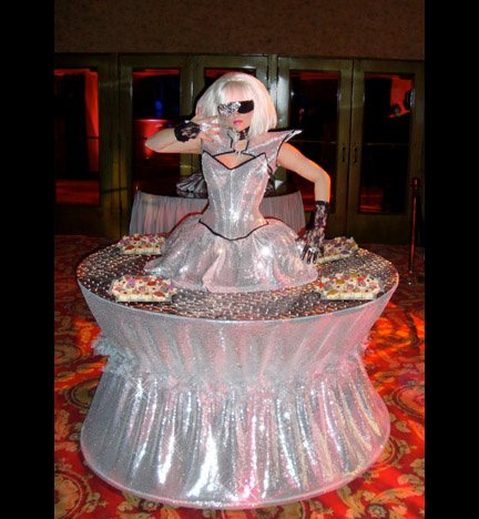 Lady Gaga Strolling Table